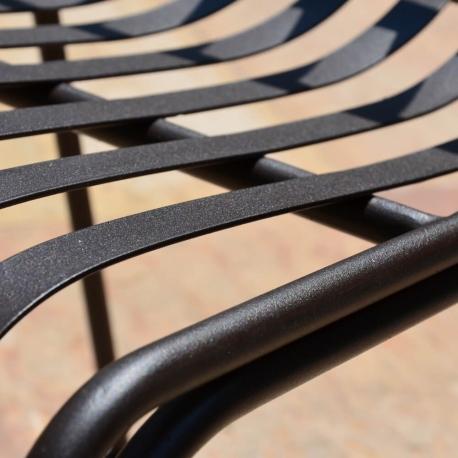 Chaise MOZAIK  empilable  en métal  57 x 45 cm sans coussin